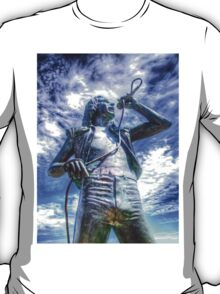 Bon Scott Statue -  HDR - Fremantle WA T-Shirt