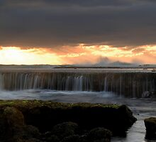 Ocean Spillway by KeepsakesPhotography Michael Rowley