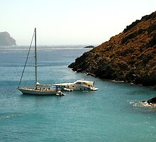 Boats in Kithira by mkokonoglou