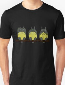 Three Wise Totoros  T-Shirt
