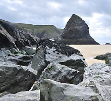 Giants at Bedruthan by Haynesey
