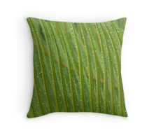 Gotas Throw Pillow