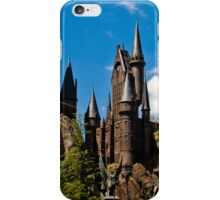 The Wizarding World of Harry Potter: This Way To Hogwarts iPhone Case/Skin