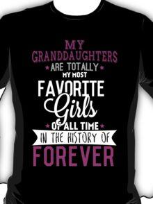 Favorite Granddaughters Pink T-shirt T-Shirt