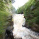 Zoomy waterfall by zachdier