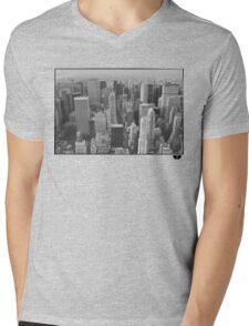 New York Mens V-Neck T-Shirt