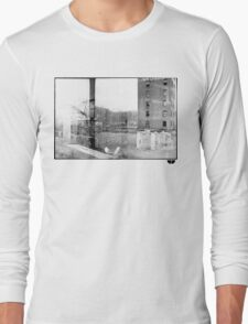 photo fade building Long Sleeve T-Shirt