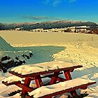 Table and bench in winter scenery | landscape photography by Patrick Jobst