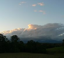 Evening Thunderhead - Lansdowne by louisegreen