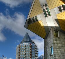 Living in a cube by Thea 65