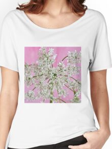 White Wild Cow Parsnip Flower Women's Relaxed Fit T-Shirt