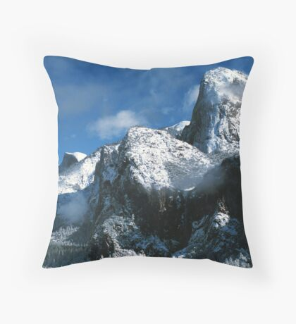 WINTER, YOSEMITE Throw Pillow
