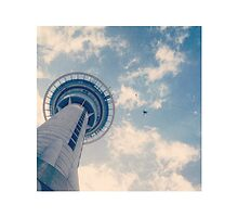 Bungy Jumping from sky tower by Mimi Huang