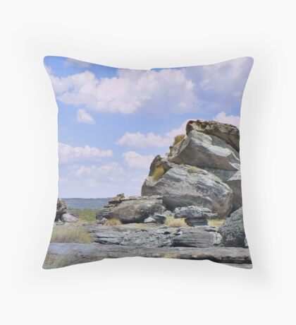 Kakadu Skies Throw Pillow