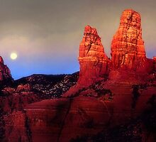 Sedona Moonrise by Nadya Johnson