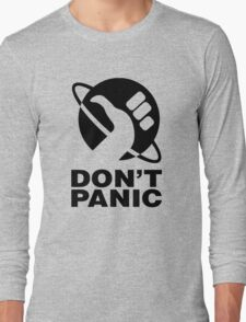 Don't Panic - Hitchhikers Guide Long Sleeve T-Shirt