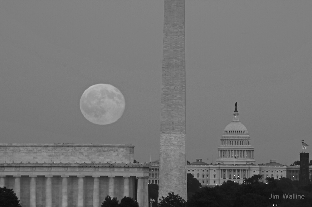 Harvest Moon over the Capital by Jim  Walline