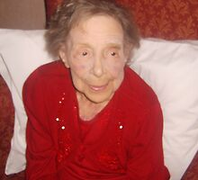 Remembering Nanna 1907-2007 by karenuk1969