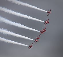 Red Arrows by Simon Pow