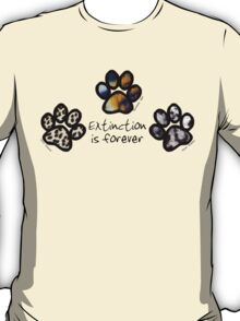 Big cat paws T-Shirt