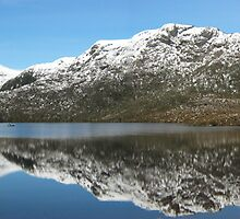 Panoramic View Dove Lake Craddle Mountains Tasmania. by Daltsysnr