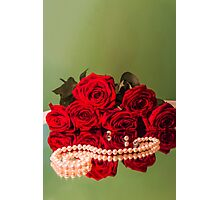 rose flowers red green background Photographic Print