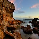 Wangi Point Cliff at Dusk by Mark Snelson