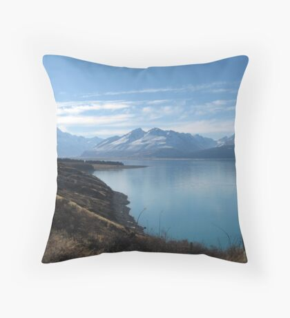 Lake Pukaki, Mount Cook Throw Pillow