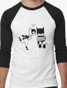 Catwoman Kissing Batman Men's Baseball ¾ T-Shirt
