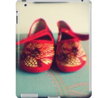 Tiny toes - red chinese baby shoes iPad Case/Skin