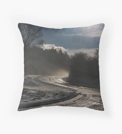 evening snowstorm Throw Pillow