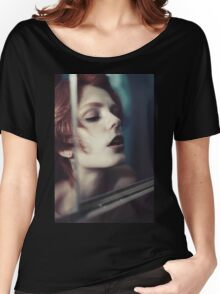 Echo Fashion - fashion portrait beautiful perfect proud woman cute girl vintage red Women's Relaxed Fit T-Shirt
