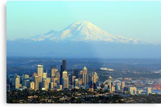 Rainier Beyond Seattle by starlitewonder