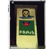 Space Invaders Paris iPad Case/Skin