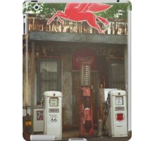 Route 66 Vintage Pumps iPad Case/Skin