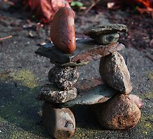Inukshuk by Laoghaire