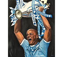 Vincent Kompany lifting Barclays trophy Photographic Print
