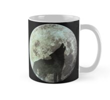 Wolf on the moon Mug