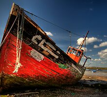 Old fishing boat by andyw