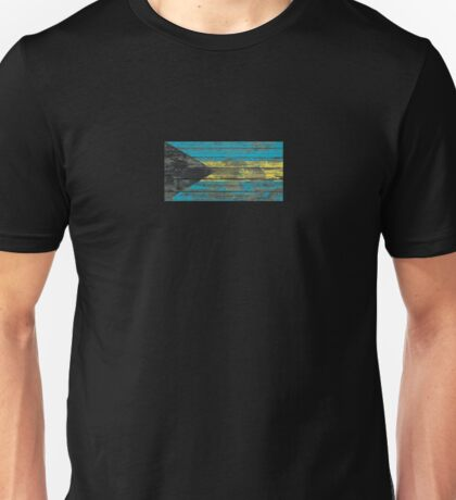 Flag of Bahamas on Rough Wood Boards Effect Unisex T-Shirt