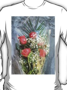 Bouquet with red roses 6 T-Shirt