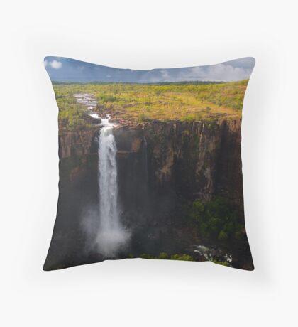 Kakadu Wet Throw Pillow