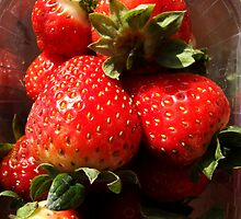 Strawberries by Klaus Offermann