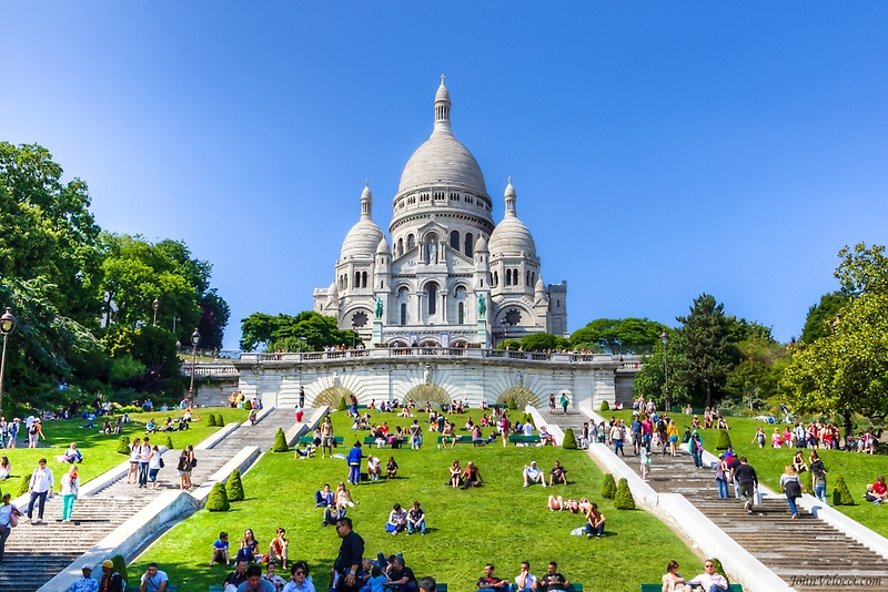 Sacre Coeur, Paris 3 by John Velocci