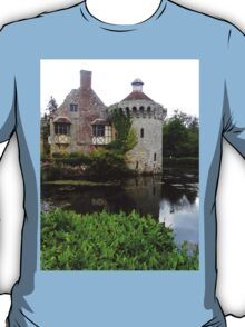 "UK: ""Old Scotney Castle 2"", Kent T-Shirt"