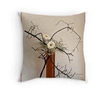 Ikebana-065 Greeting Card Throw Pillow
