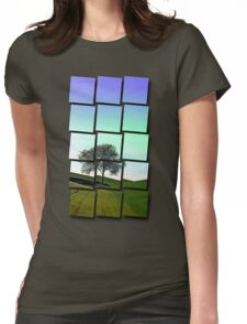 Lonely tree in the middle of nowhere | landscape photography Womens Fitted T-Shirt