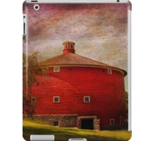 Farm - Barn - Red round barn  iPad Case/Skin