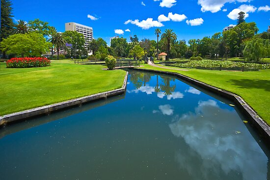 Queens Gardens, Perth by Claire  Farley