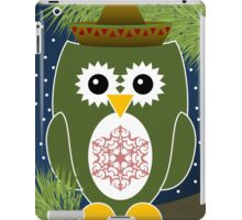 Green Christmas Owl with Snowflake on Belly iPad Case/Skin